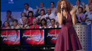 Bojana Nikolic - Karanfil se na put sprema i peva