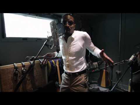 "SBTV: D'Banj – ""Oliver Twist"" – A64 [Acoustic] | Afro Beats, Dance, Funky House"