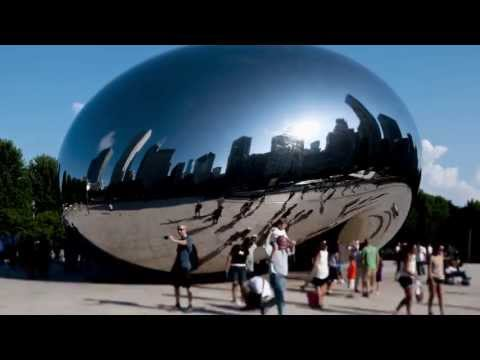 Cloud Gate Sculpture in Chicago | Time Lapse