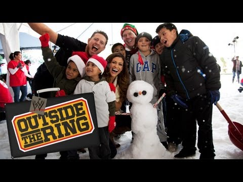 The Miz and Eve build AWESOME snowmen -