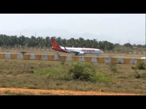 Spicejet Take off in Madurai Airport
