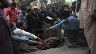 Pregnant Pakistani (woman) stoned to death by family