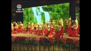 Lao Blessing Dance ຟ້ອນອວຍພອນ