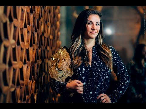 UFC 200: Miesha Tate Media Lunch Scrum