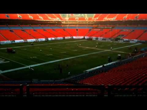 Converting Sun Life Stadium from Hurricanes to Dolphins game (time lapse)