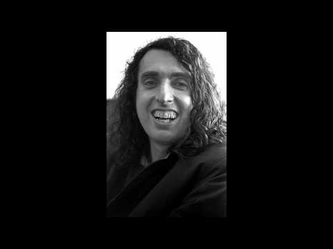 Tiny Tim - Living In The Sunlight, Loving In The Moonlight [LYRICS]