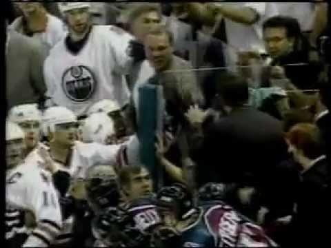 Fan Brawls and Hockey Fights (Хоккейные Драки)