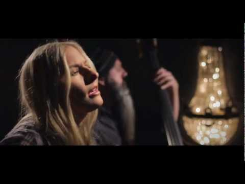 Holly Williams - Drinkin