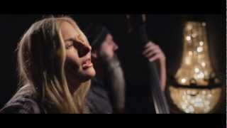 Watch Holly Williams Drinkin video