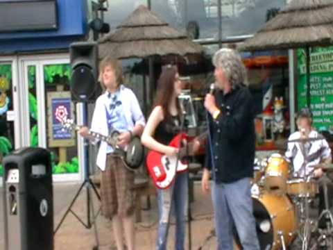 500 Miles (with Billy Connolly :D) - 09/05/2010