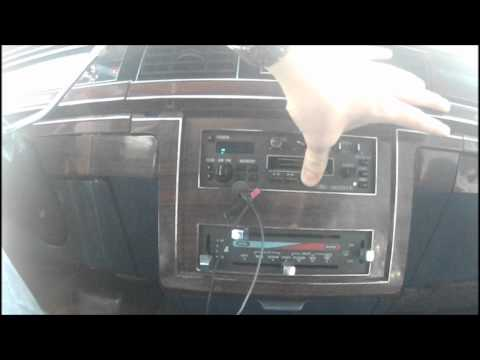 crown vic radio