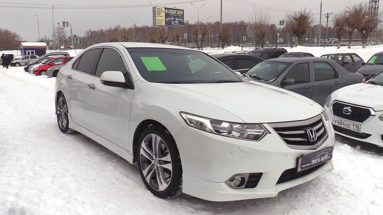 2012 Honda Accord 2.4 Type-S. Start Up, Engine, and In Depth Tour.