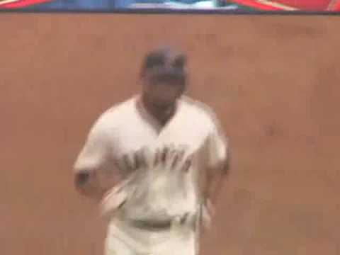 Pedro Feliz last home run w/ SF Video
