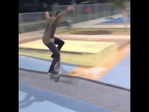 Crooks @m.sark inspo @grey_glove ✨🎥: @sauceybrandon   Shralpin Skateboarding