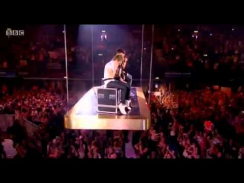 One Direction Moments Live At Teen Awards 7/10/2012