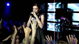 Sophie Ellis-Bextor - Heartbreak (Make Me A Dancer), Live @ Yaroslavl, Russia 11.09.2010 [HD]
