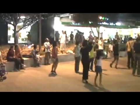 Earth Hour 2010 Flashmob Dance at Global City Taguig