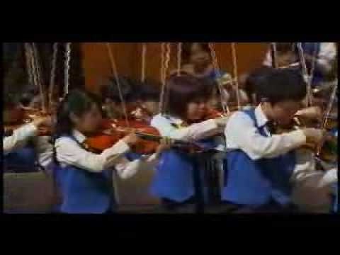 Thumbnail of video Akira Miyagawa's Beethoven's Symphony No. 5 and Mambo No.5 Combination 宮川彬良