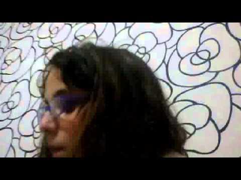 Mi coleccion de Pin! (para colgar en mochilas bolsos o remeras) violetta ,1D Y Hello Kitti