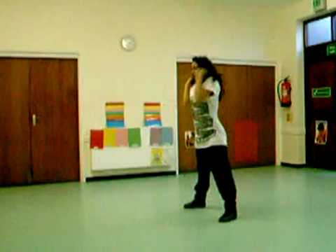 Yasmin Dancing to Somebody To Love - Justin Bieber Music Videos