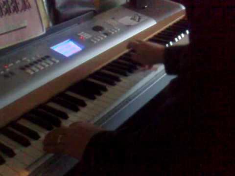 keyboard Yamaha DGX 630 , Impro and random christmas song :)