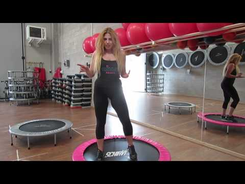 Monya fitness come lavorare su coscie glutei addominali sul trampolino elastico