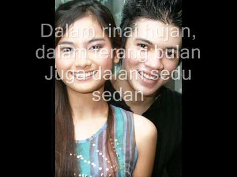 Ada Cinta - Acha Septriasa & Irwansyah (dengan lirik).wmv