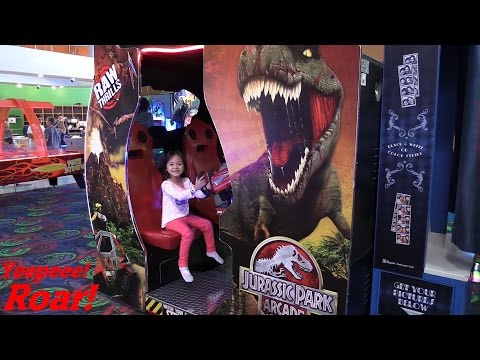 Jurassic Park Arcade Game Playtime w/ Hulyan and Maya! + More Arcade Games!!