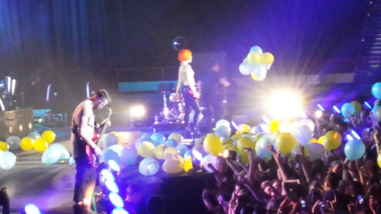 Paramore 2014 Live Paramore - Stil...
