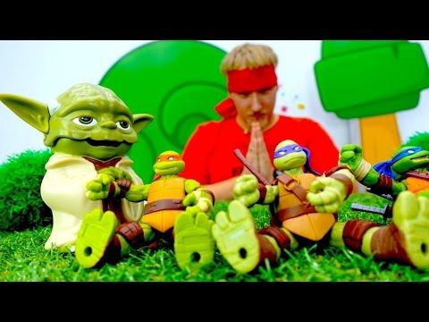 ЧЕРЕПАШКИ-НИНДЗЯ стали ЗОМБИ! Видео с игрушками для детей: Рома против Бэйна за черепашек-ниндзя!