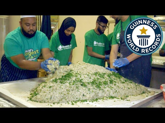 Largest samosa - Guinness World Records