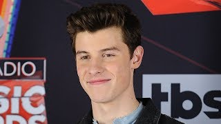 Download Lagu Shawn Mendes RESPONDS To Fans ANGRY About Expensive Meet & Greets Gratis STAFABAND