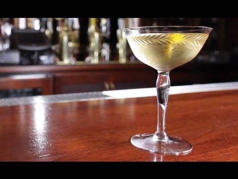 How to Make the La Perla Cocktail - Liquor.com