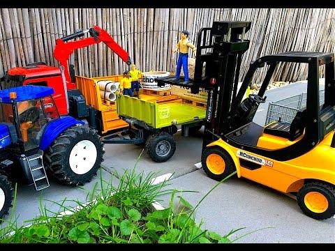 RC Vysokozdvižný vozík 1/8 - Bruder toys
