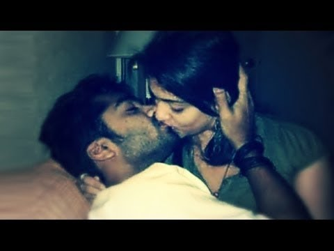 Anushka Sharma Virat Kohli HOT KISSING VIDEO