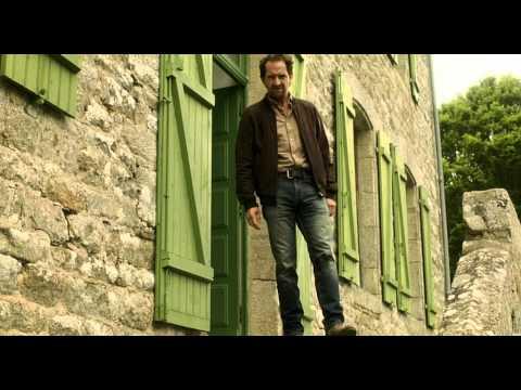 Watch Chez nous c'est trois ! (2014) Online Free Putlocker