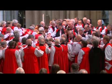 Reverend Libby Lane becomes first woman bishop in the Church of England