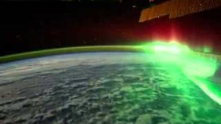северное сияние из космоса/northern lights look from space