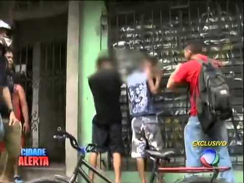 Bandidos menores de idade são linchados