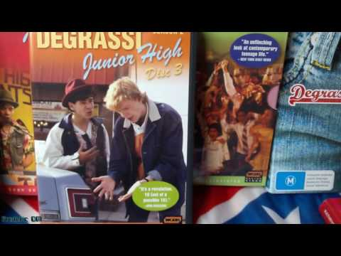 Degrassi DVD box : Kids junior high school out.Les Années collège