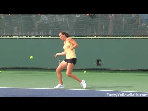 Jelena Jankovic hitting in High Definition