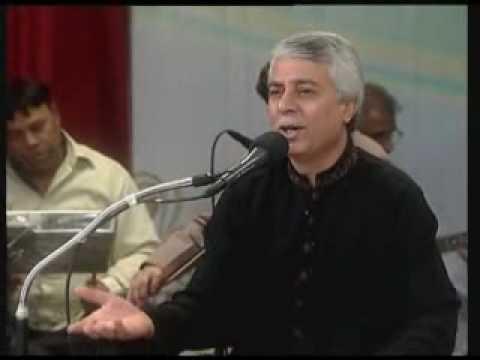 Salman Alvi live mehfil Meri - Sings Irfan Sattars Adhi Umr