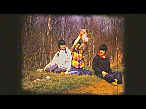 On regarde des vieux films 8mm en famille (1966-1974)