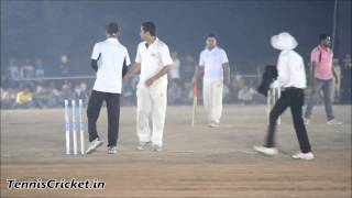 Abhi Borkar Bowling in Khopoli Night Tournament 2015, Ghodivali