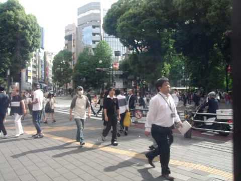 GEDC3345 2015.05.21 nikkei shibunn at ikebukuro sanshain street  lotteria with bunka housou radio.