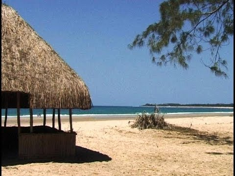 Pomene, Mozambique. Travel guide.