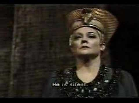 Fiorenza Cossotto in Aida ; Judgement scene