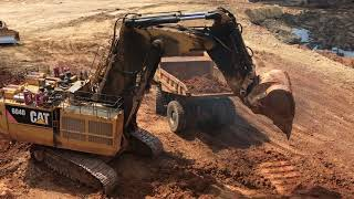 Cat Excavator 6040 Working And Cabin View