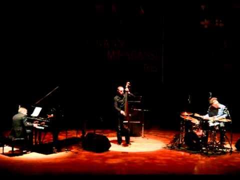 Giovanni Mirabassi Trio - Howl's Moving Castle