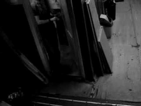 в женском туалете фото института